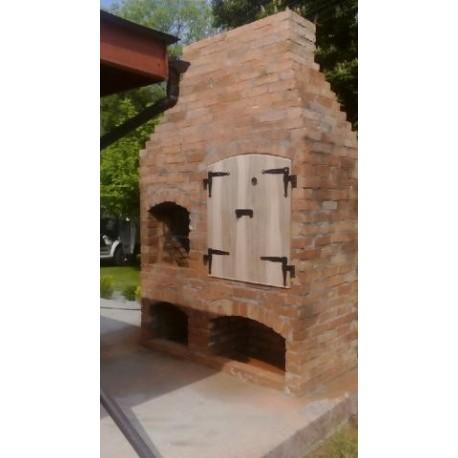 Grill z wędzarnią z cegły czerwonej